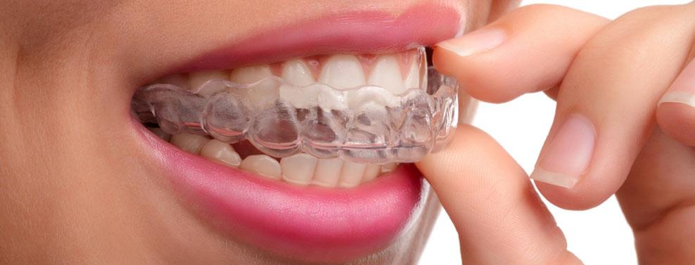 škipanje z zobmi